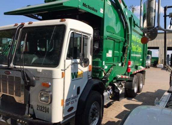 A CNG-powered residential end-loader that Waste Management has put into service in Tennessee. It is used to collect smaller container trash.